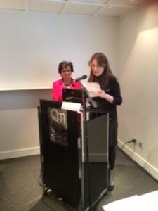 Sara Navarro, nuestra Presidenta, presentó a Pilar Gómez-Acebo.