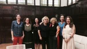 Marta Higueras, Luz Gómez Villa, Mª Antonia Rivilla, Mercedes Gil, la Alcaldesa de Madrid Dña. Manuela Carmena, Eulàlia Flò y Sara Navarro.